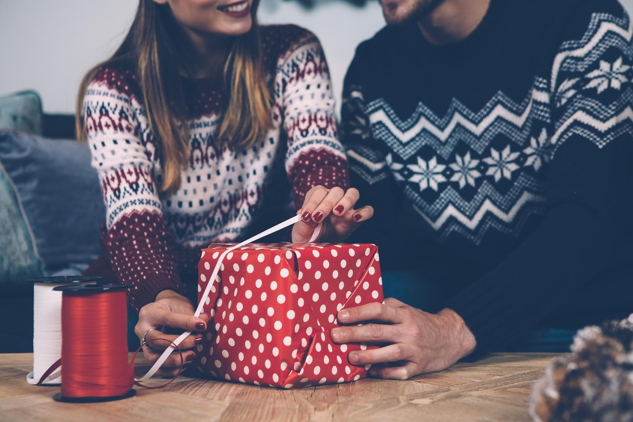 Weihnachten bei der Familie vom Freund: 6 Tipps | BRIGITTE.de
