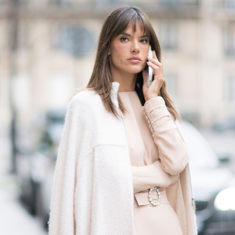 Fransenpony an Alessandra Ambrosio