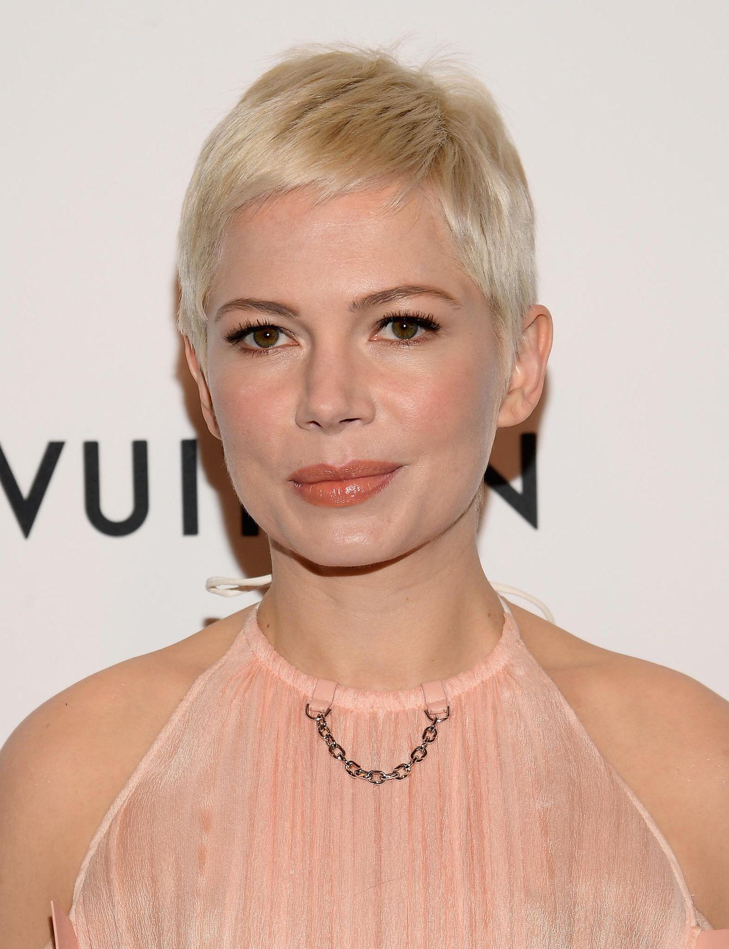 Kurze Haare stylen: Pixie Cut an Michelle Williams