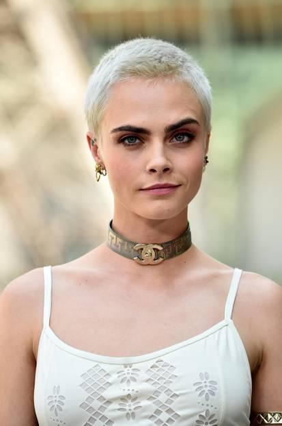 Kurze Haare Stylen Anleitungen Für Kurzhaarschnitte Brigittede