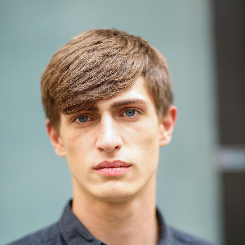 Männerfrisuren: abgestufter Pilzkopf