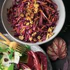 Rotkohlsalat mit Feigen und Walnüssen