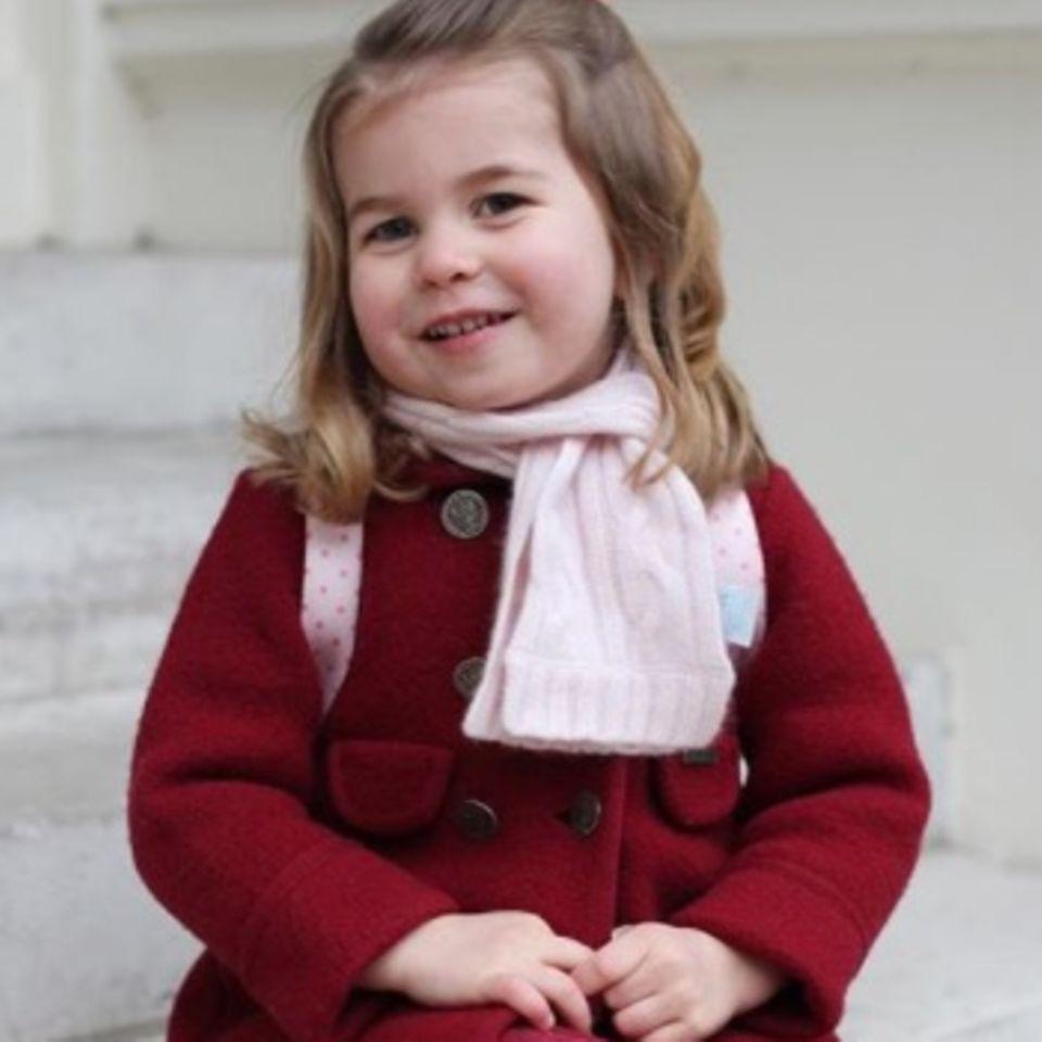 Du wirst überrascht sein: So günstig ist Charlottes Kindergarten-Look!