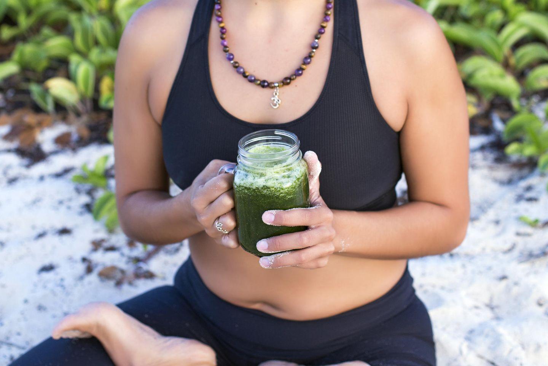Fasten und Yoga: Die besten Übungen