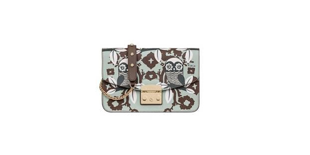 Umhängetasche von Furla, erhältlich über den Onlineshop, um 370 Euro.