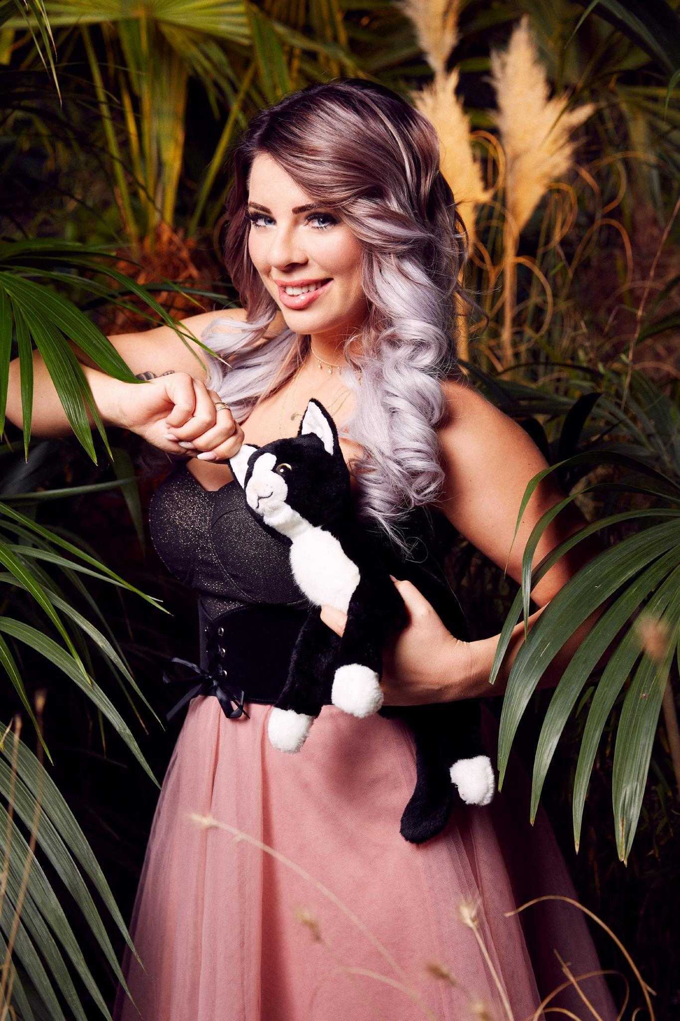 Jenny Frankhauser zieht ins Dschungelcamp 2018