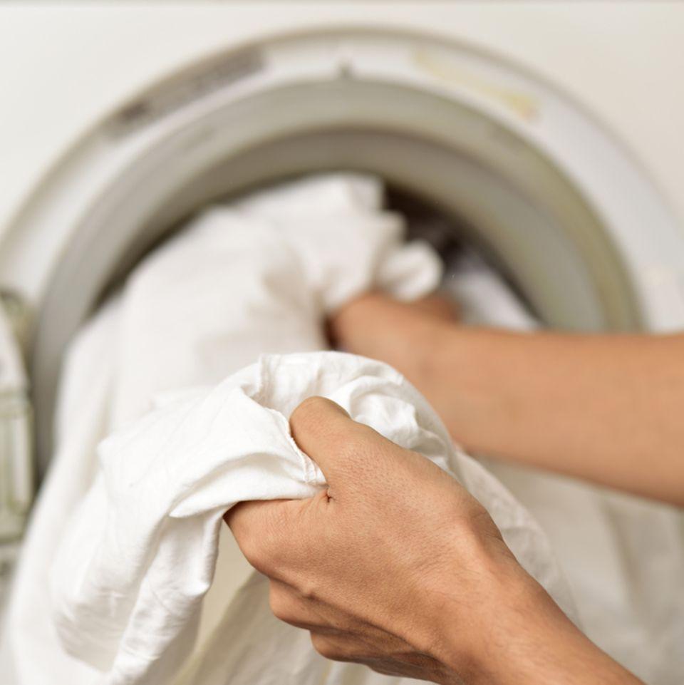 Bettwäsche waschen: Tipps und Tricks