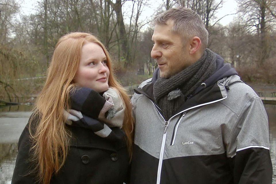 Josephine P. (17) und Gerrit H. (49) Foto: MG RTL D