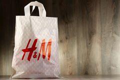 H&M-Skandal: Einkaufstüte des Bekleidungsherstellers