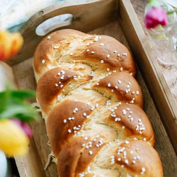 Hefezopf Das Beste Rezept Zu Ostern Brigittede