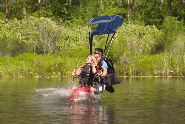 Tatjana Gsell landet unsanft im Wasser.