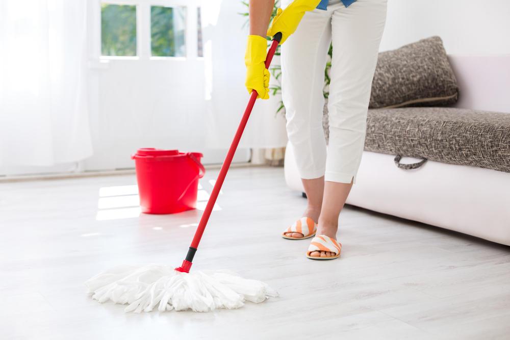 Fußboden Richtig Wischen ~ Boden wischen hausmittel und tipps brigitte