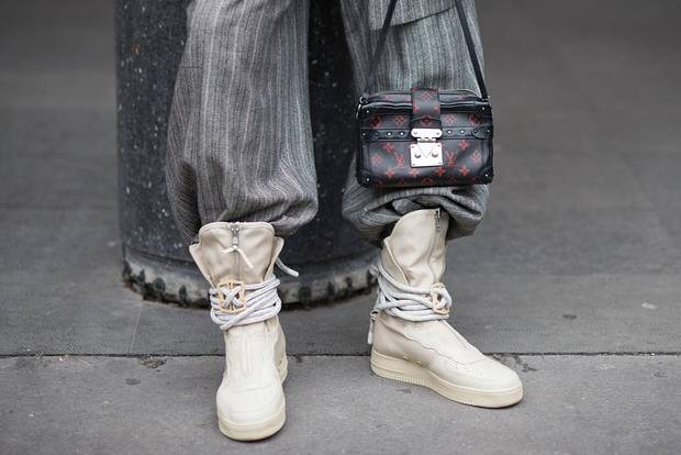 Trends 2018: Micro-Tasche bei der Paris Fashion Week