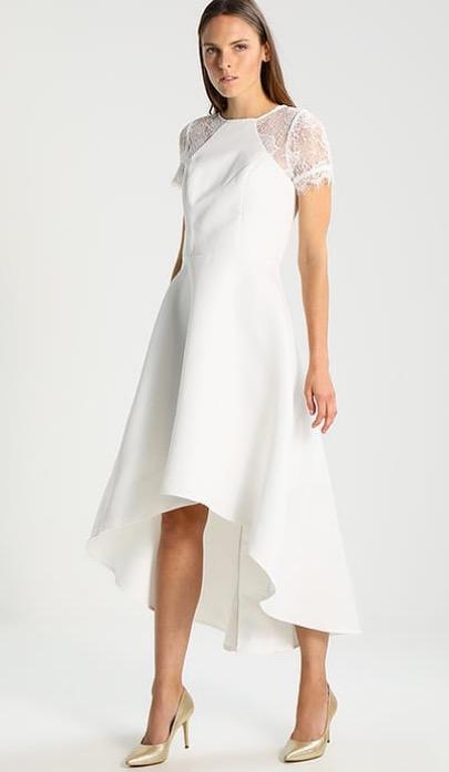 Günstige Brautkleider: Hochzeitskleider unter 500 Euro   BRIGITTE.de