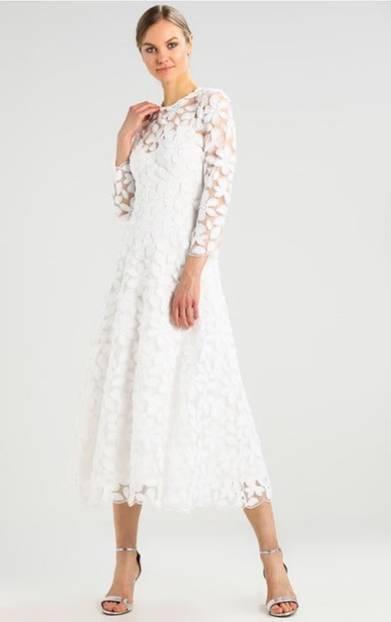 Mittellanges Brautkleid