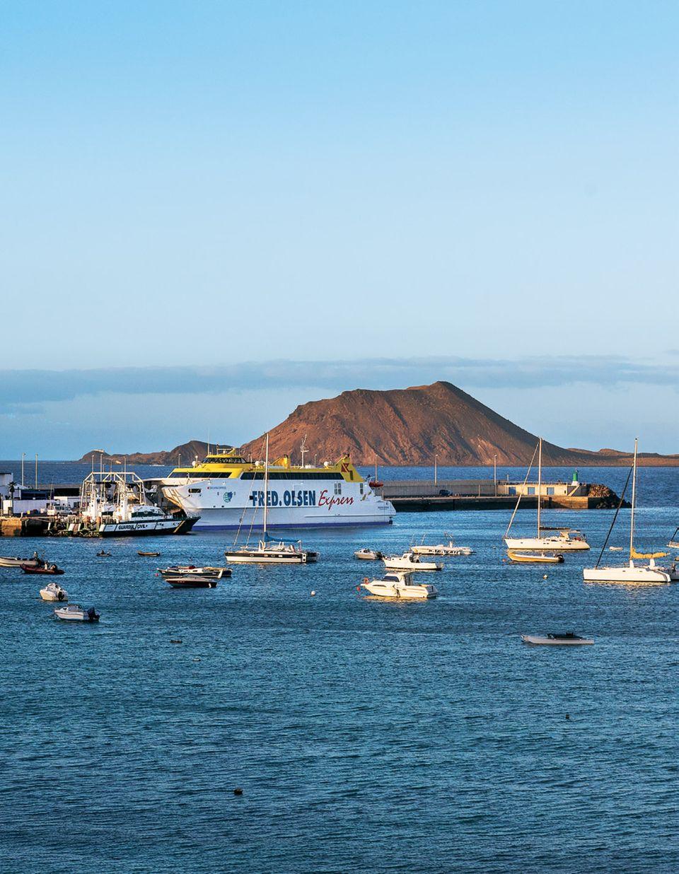 "Fuerteventura: Fähre um nach ""Isla de Lobos"" zu kommen"