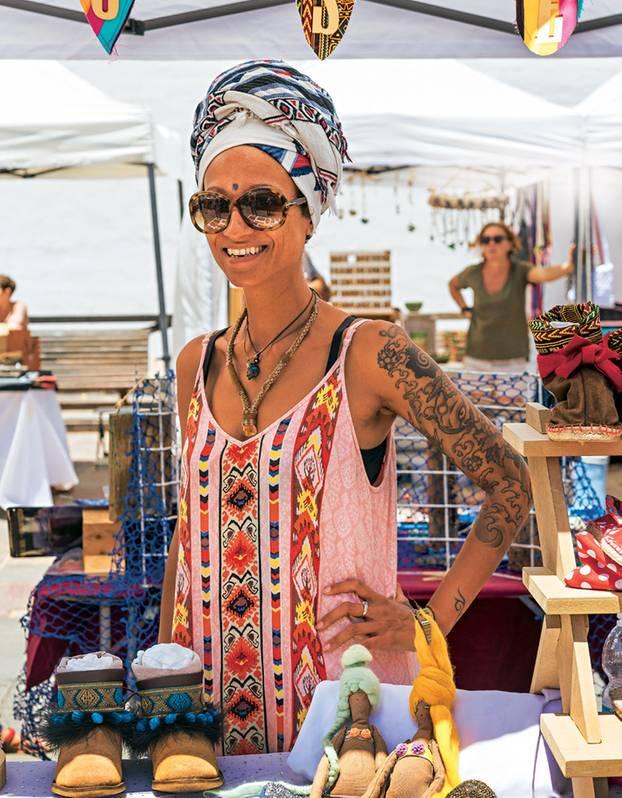 Fuerteventura: Frau auf dem Künstlermarkt