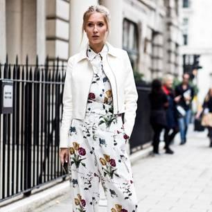 Bloggerin trägt Frühlingsoutfit