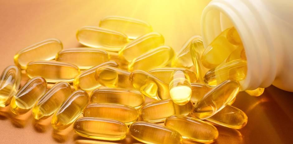 Fischöl und Vitamin D Kapseln