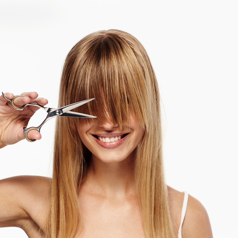 Reifes blondes kurzes Haar