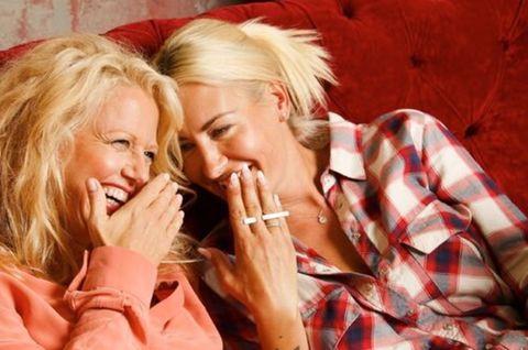 Mädelsabend: Barbara und Sarah Connor reden über das erste Mal