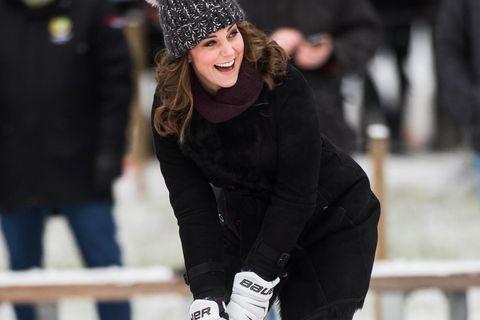 Herzogin Kate trägt günstige Winterboots