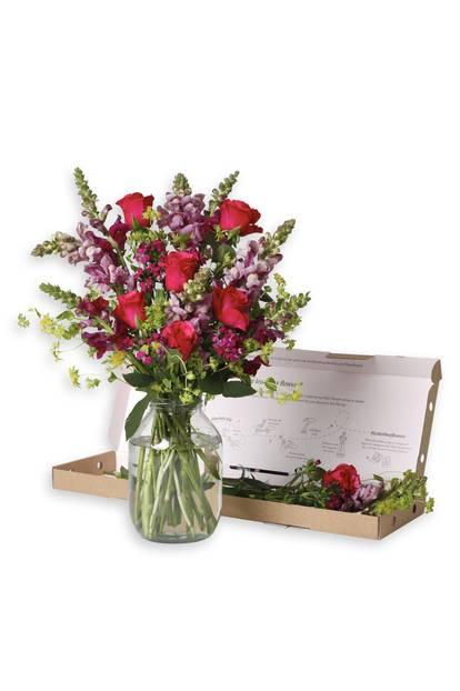 Valentinstagsgeschenke für Frauen: Bunter Blumenstrauß von Bloom&Wild