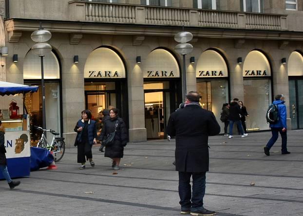 Zara: Filiale in der Leopoldstraße in München