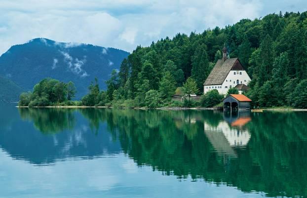 Wohnmobil-Tour durch Bayern: Walchensee