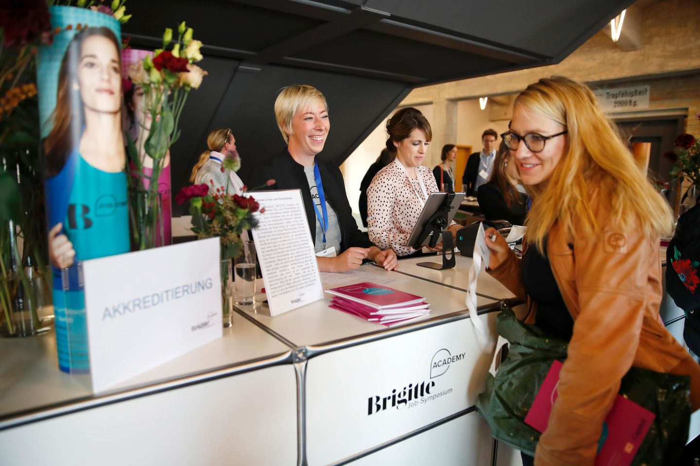 Triff Nicola Fritze, Claudia Kimich & Bettina Stackelberg beim großen BRIGITTE Symposium in Essen!