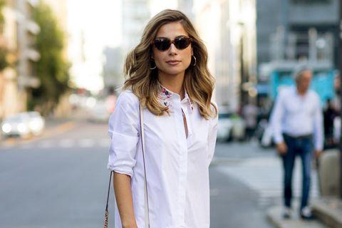 Styling-Fehler, die dick machen: Bloggerin trägt oversized Bluse