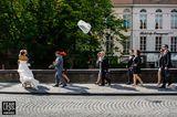 Hochzeitsfotos 2018: Braut wirft Schleier