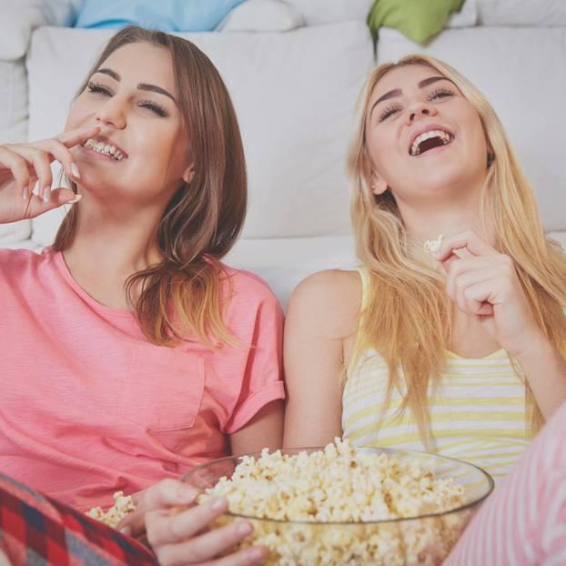 Diese Serien-Hits retten deinen Mädelsabend