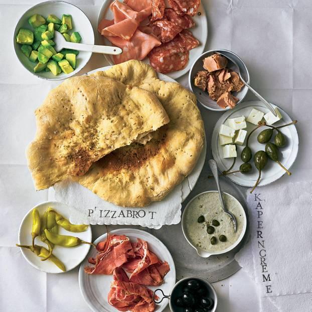 Pizzabrot mit Kaperncreme