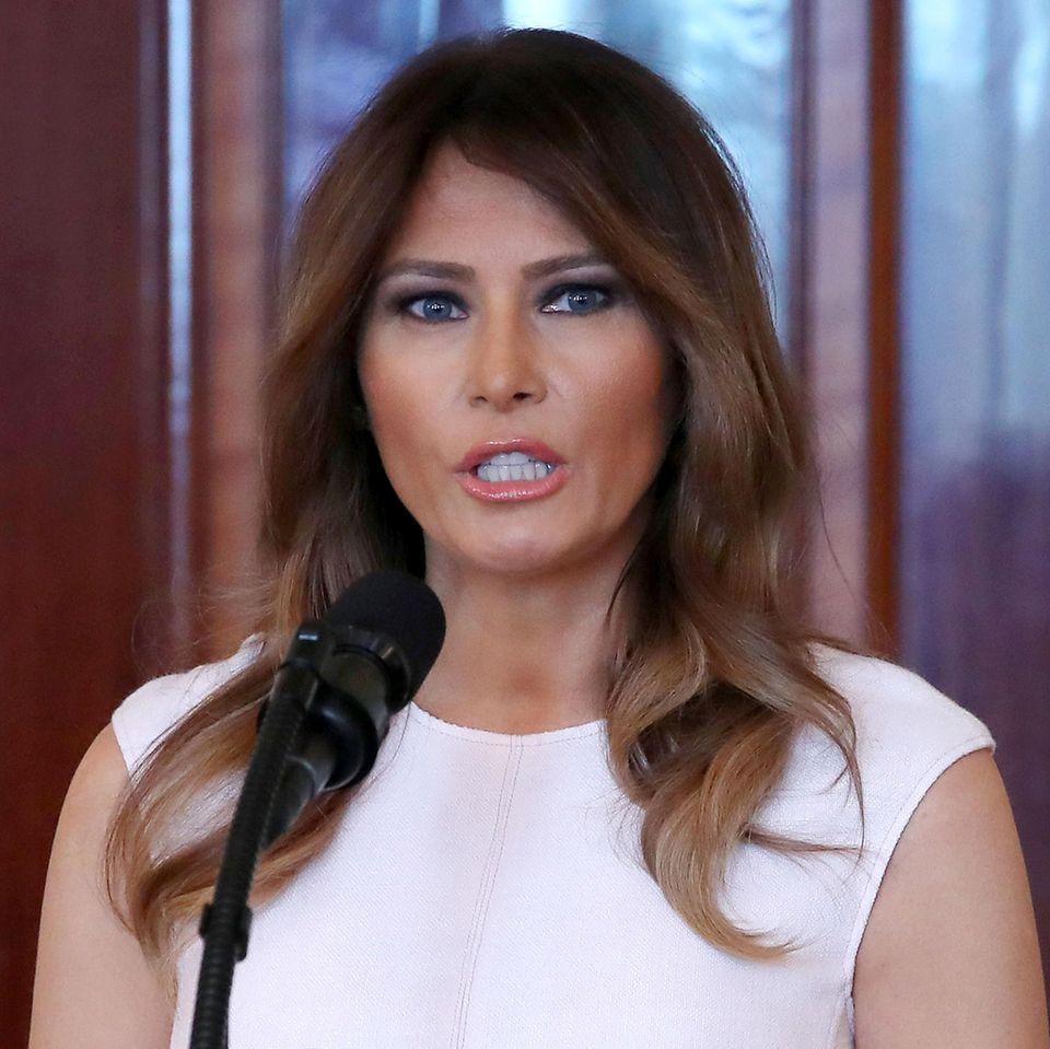 Melania Trump bei einer Rede im Weißen Haus