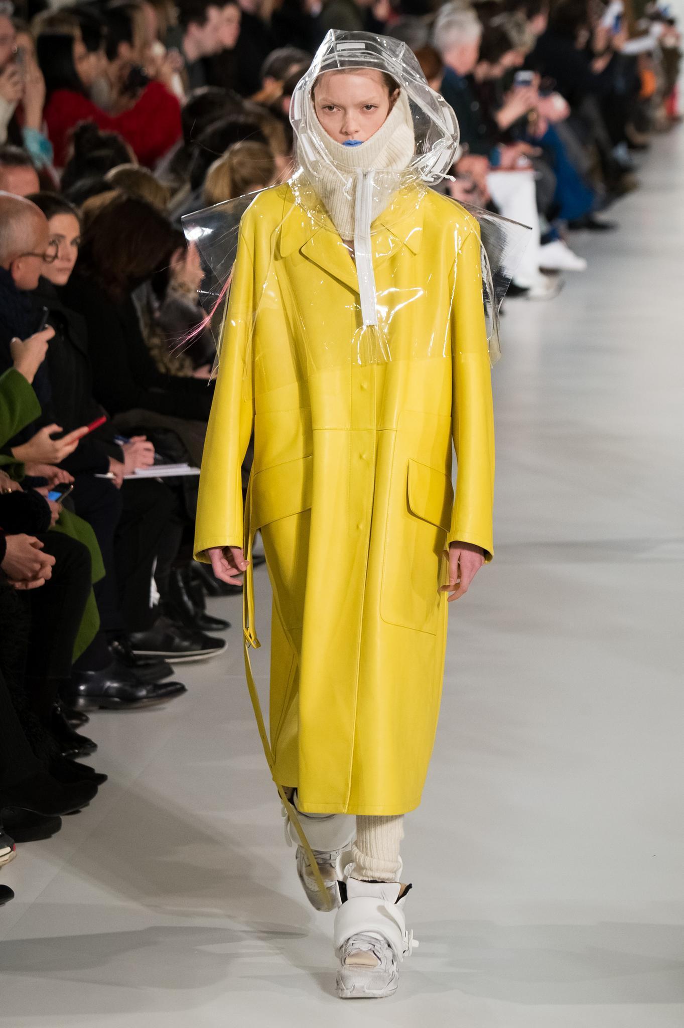 Paris Fashion Week: Model bei Maison Margiela