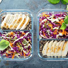 Nebenbei-Diät: Salat und Hühnerbrust in einer Brotdose
