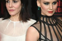 Fashion Fauxpas: Jennifer Lawrence mit Nippelblitzer