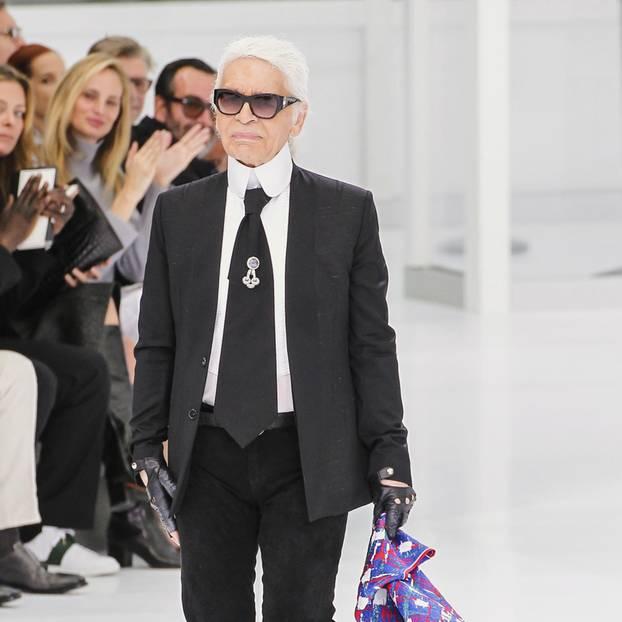 3D-Diät: Karl Lagerfeld auf dem Laufsteg