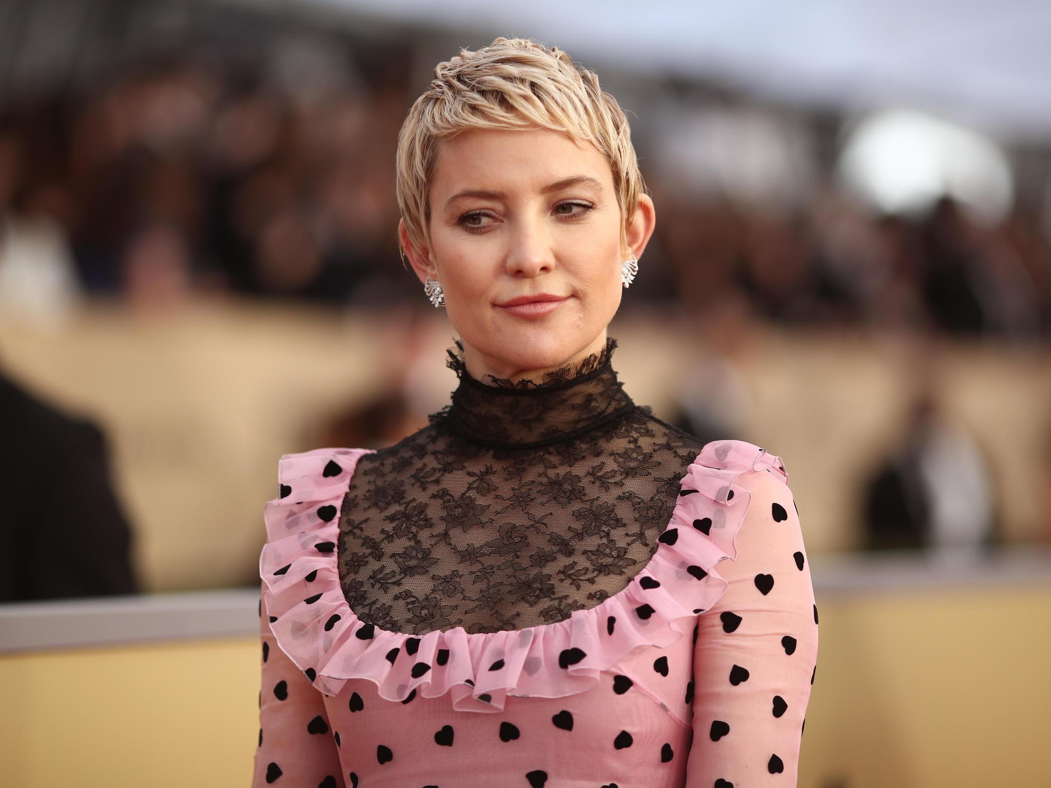 Promis mit Kurzhaarfrisuren: Kate Hudson mit Pixie Cut