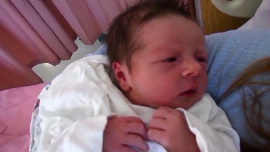 Angelman-Syndrom: 3-Jährige schläft nur 90 Minuten am Tag