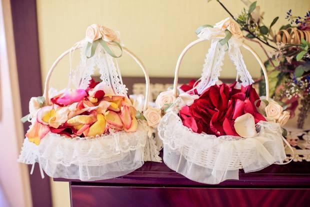 Blumen streuben: Blumenkörbe