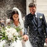 Hochzeitsbräuche : Brautpaar wird mir Reis beworfen