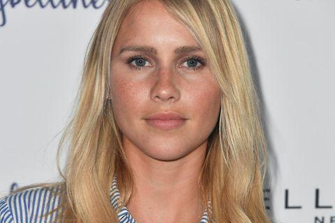 """Claire Holt: """"Vampire Diaries""""-Star verkündet Schwangerschaft"""