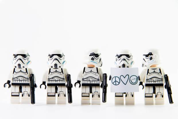 LEGO Star Wars Klonkrieger mit Peacezeichen