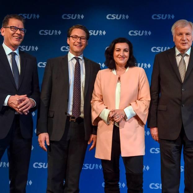 Horst Seehofer, Dorothee Bär, Andreas Scheuer und Gerd Müller von der CSU