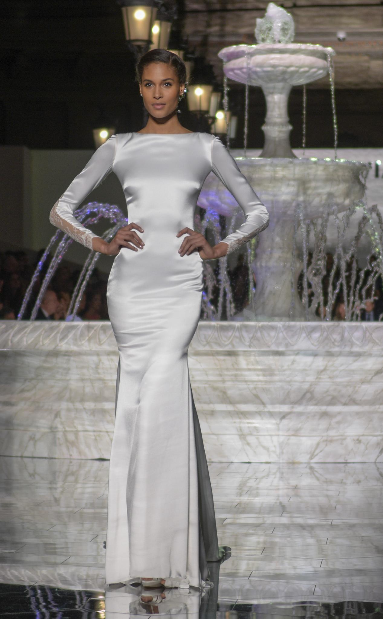Hochzeitskleid von Pronovias auf der Bridal Fashion Week Barcelona