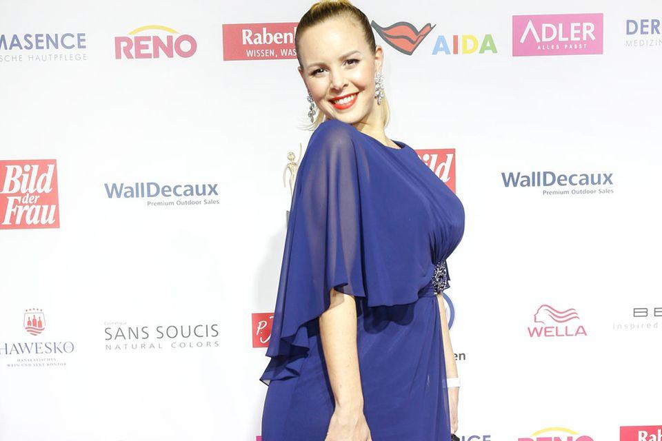 20 Kilo mehr! Isabel Edvardsson genießt ihre Babypfunde ❤️