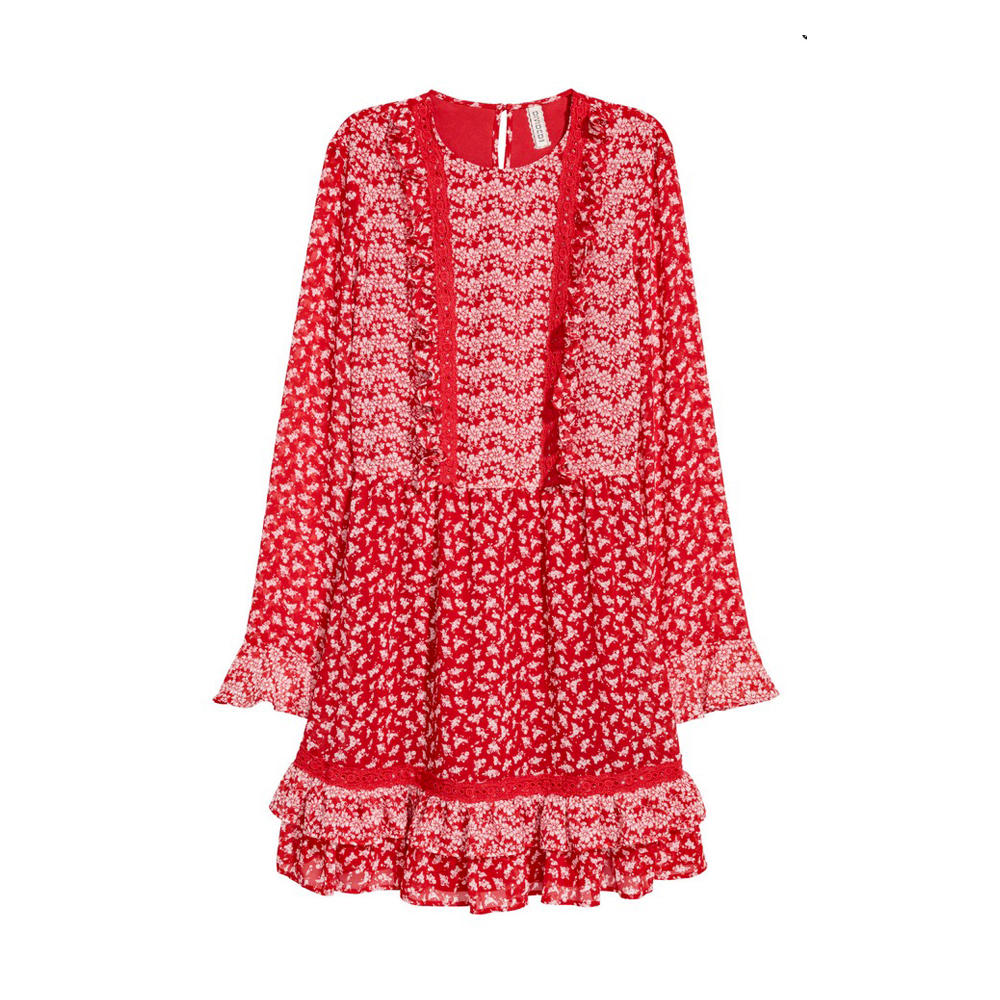 Rotes Kleid mit Volants