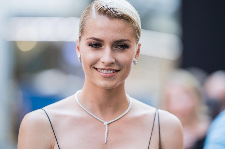 Alle sprechen über Lena Gerckes Bauch! Und wir so: Häää? ?